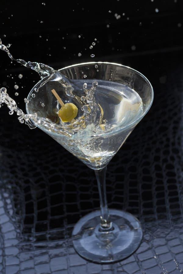 Download Martini-plons stock foto. Afbeelding bestaande uit vloeistof - 54091886