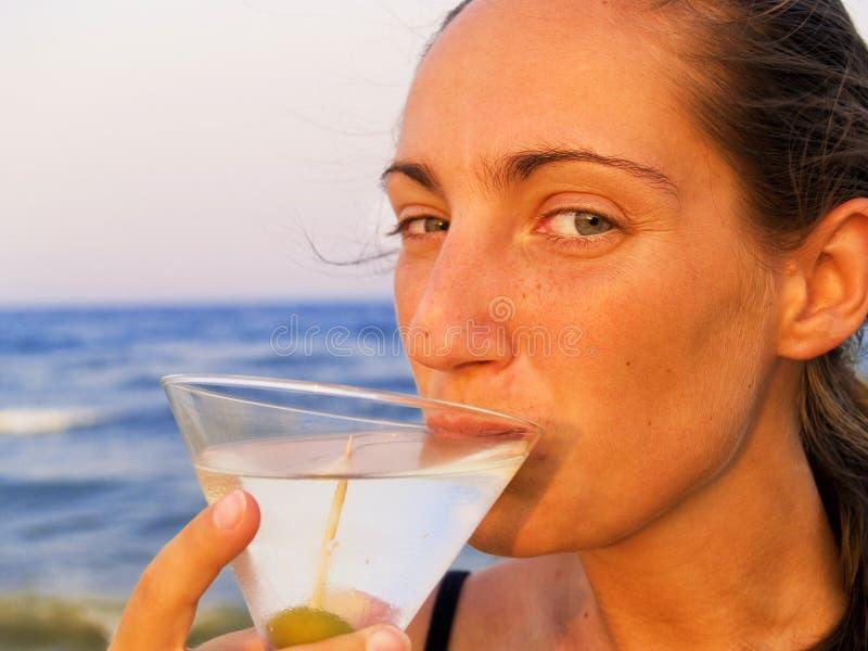 Martini sulla spiaggia immagini stock