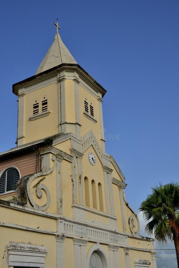 Martinique pittoresk stad av Le Helgon Esprit i västra Indies arkivbild