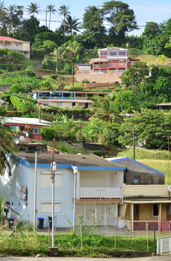 Martinique pittoresk stad av Marigot i västra Indies arkivbilder