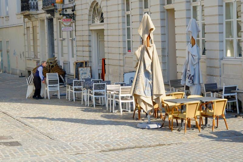 Martiri del DES del posto, Bruxelles, Belgio, maggio 2019, ristorante ai martiri del DES del posto immagini stock