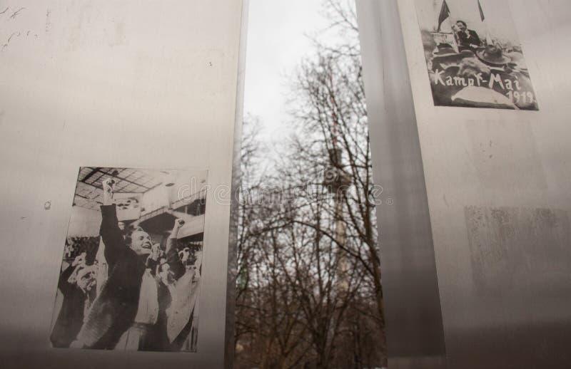 Marx-Engels monument arkivfoton
