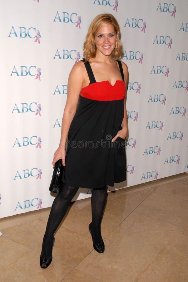 Mary McCormack bij de Vennoten voor Borst en Prostate Feest van de Verjaardag van Kanker twintigste, Beverly Hilton Hotel, Beverly stock afbeelding