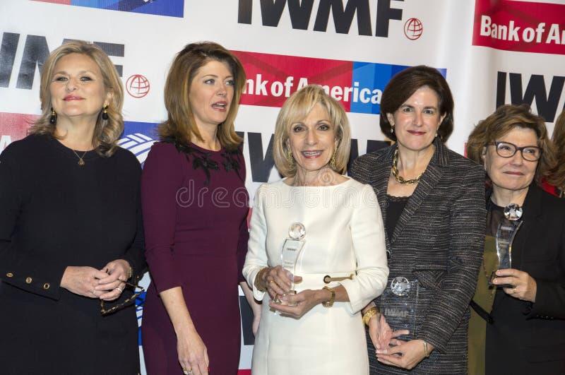 Mary McFadden, ` Donnell, Andrea Mitchell, Lisa Caputo, y Deborah Amos de Norah O imagenes de archivo
