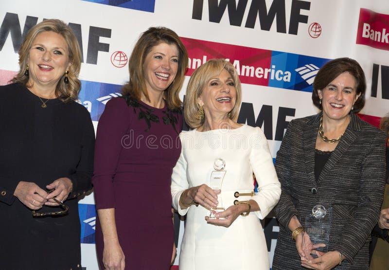 Mary McFadden, ` Donnell, Andrea Mitchell, y Lisa Caputo de Norah O imagenes de archivo