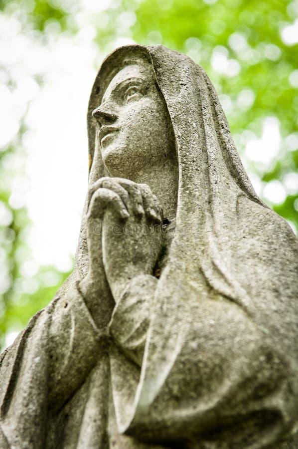 Download Praying foto de stock. Imagem de religião, praying, outdoors - 29841590