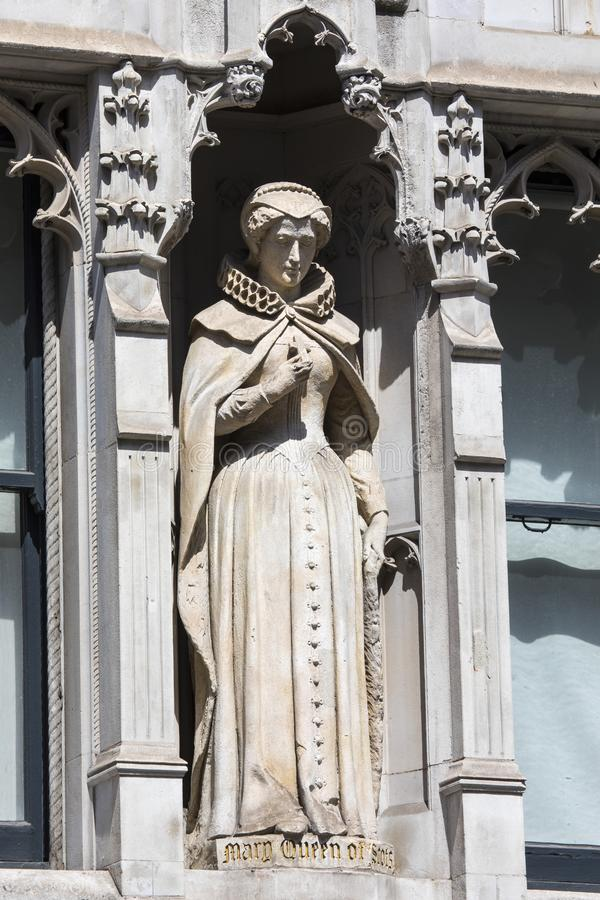 Mary Queen della statua scozzese a Londra fotografia stock libera da diritti