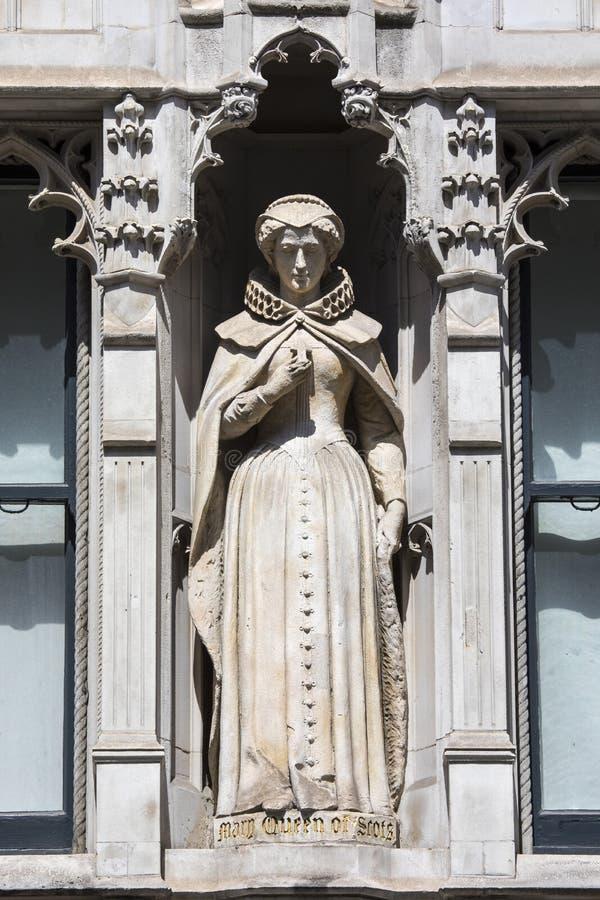 Mary Queen della statua scozzese a Londra fotografia stock