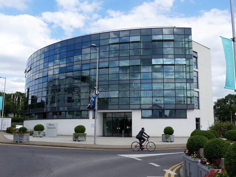 Mary Seacole Building, maison aux étudiants et au personnel de l'université de la santé et des sciences de la vie, université Lon images libres de droits