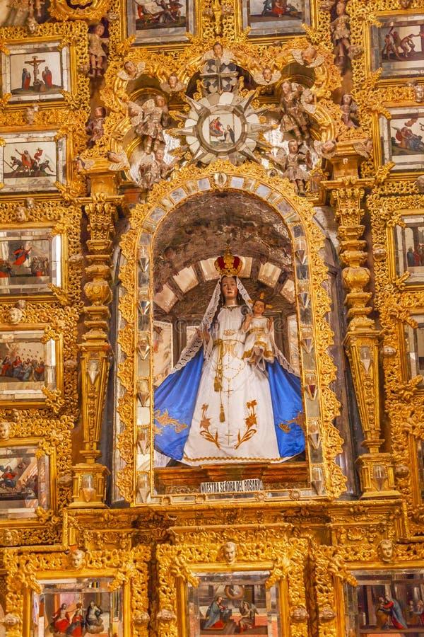 Mary Statue Golden Wall Sanctuary de Jesus Atotonilco Mexico fotos de stock royalty free