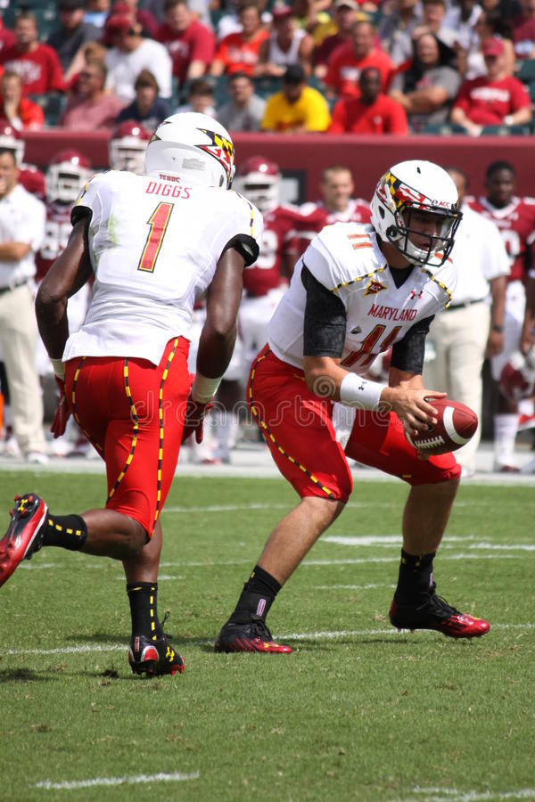 Maryland-Quarterback # 11 Perry-Hügel lizenzfreie stockfotografie