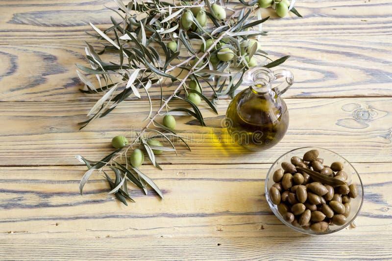 marynowane nafciane oliwne oliwki zdjęcie royalty free