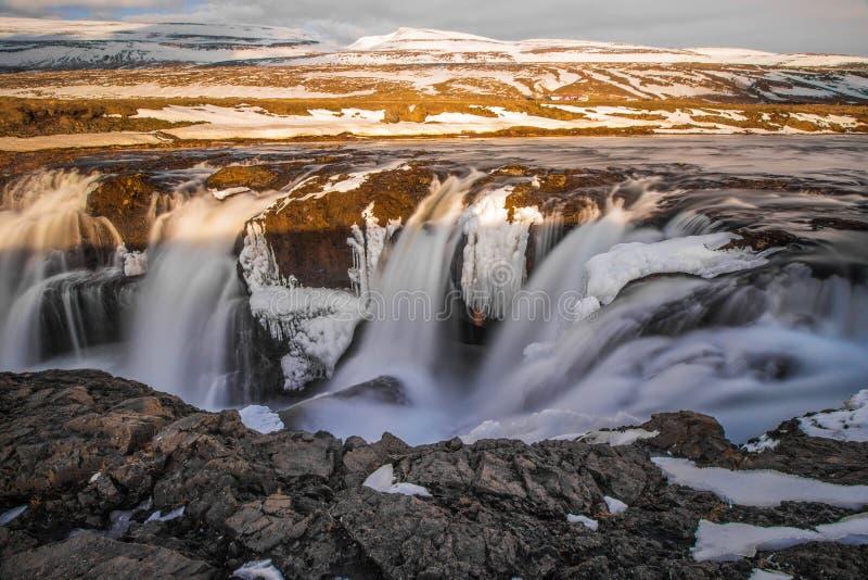 Marznięcie siklawa w Iceland fotografia royalty free