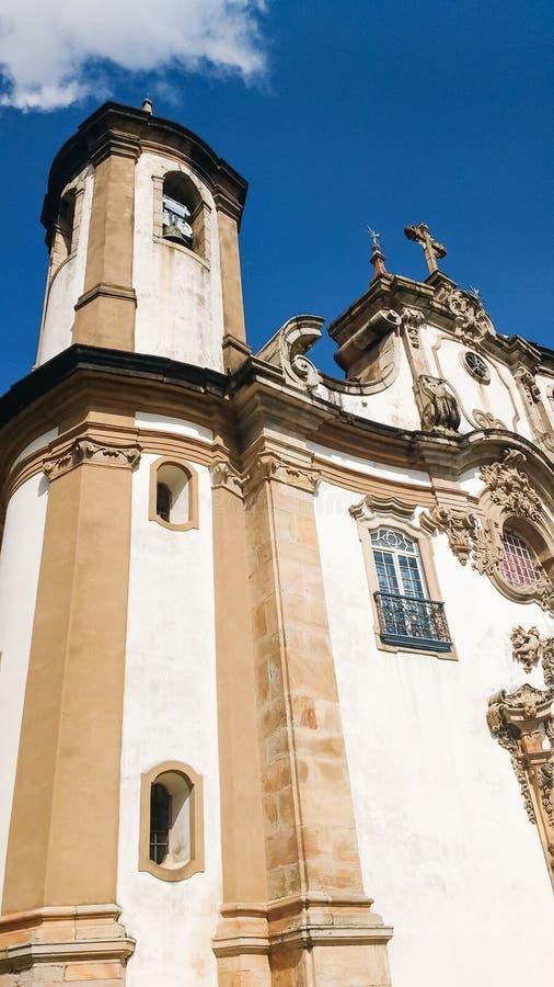 25 marzo 2016, città storica di Ouro Preto, Minas Gerais, Brasile, torre della nostra signora della chiesa di Coarmo fotografia stock