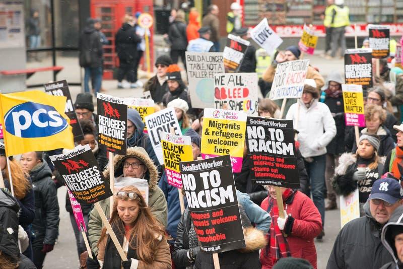 Marzo contra la demostración nacional del racismo - Londres - Reino Unido foto de archivo libre de regalías