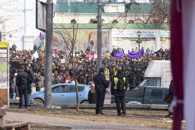 8 marzo, Kiev, Ucraina, marzo delle donne, femministe, comunità di LGBT, fotografie stock libere da diritti