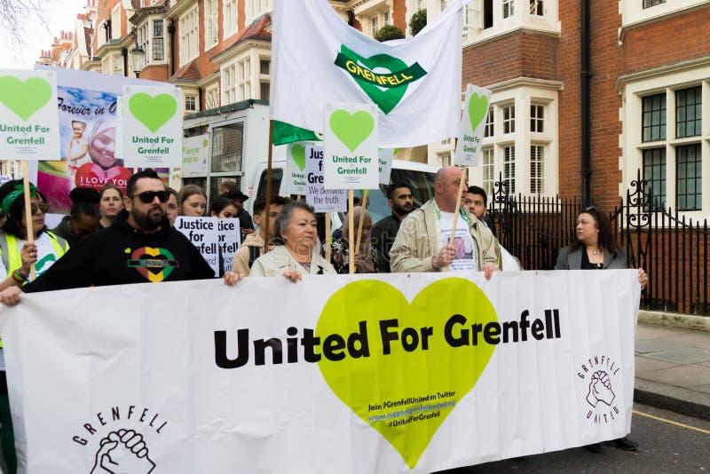 Marzo silenzioso per la torre di Grenfell in Kensington ed in Chelsea fotografia stock