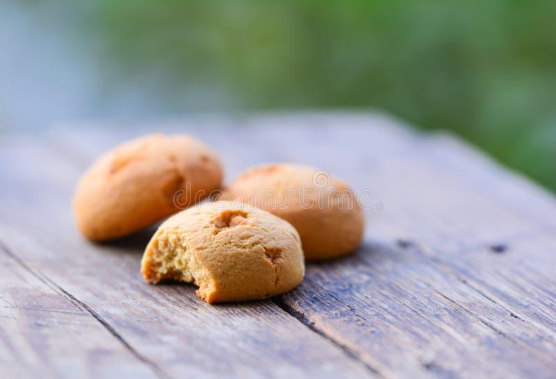 Download Masło cukierki ciastka obraz stock. Obraz złożonej z stół - 57656395