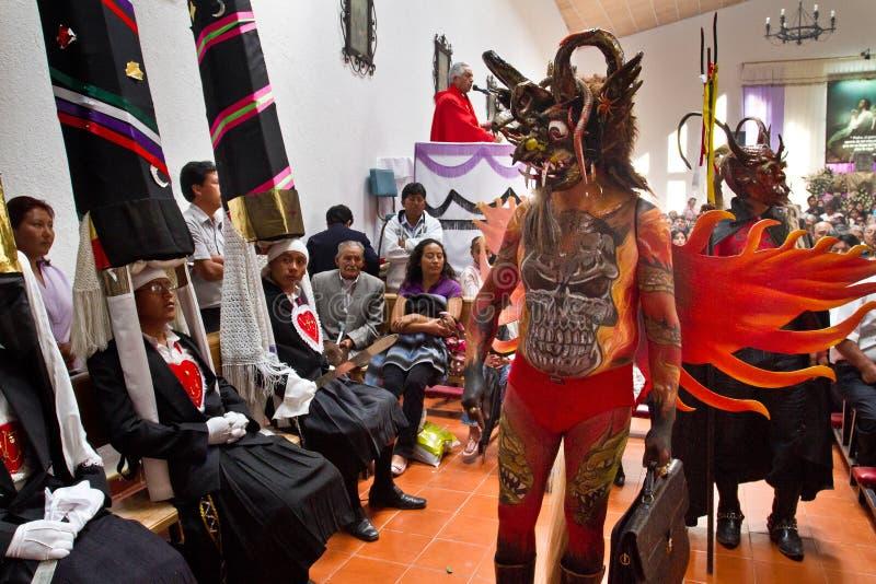 Masa de la semana santa de la gloria en Alangasi, Ecuador foto de archivo