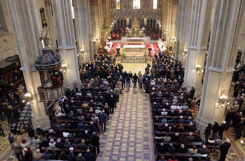 Masa de Pascua en la catedral de Zagreb foto de archivo