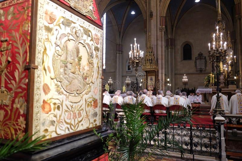 Masa de Pascua en la catedral de Zagreb imagen de archivo
