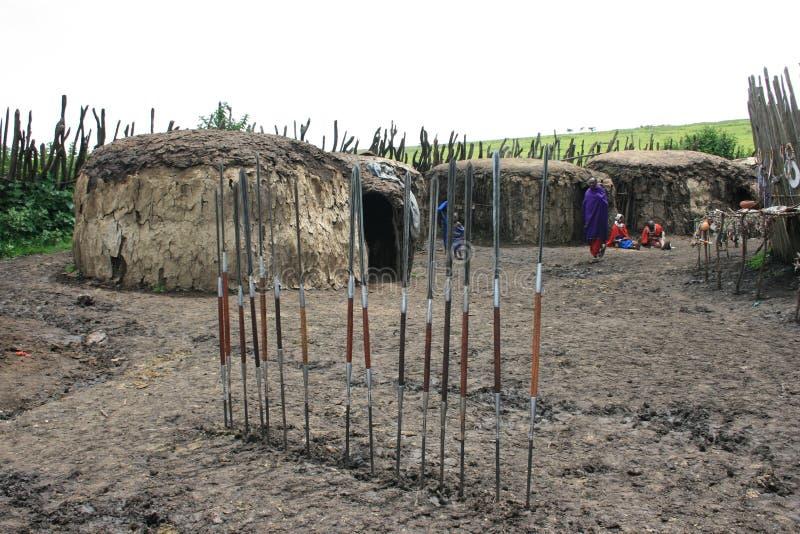 Masai da vila de África Tanzânia imagem de stock