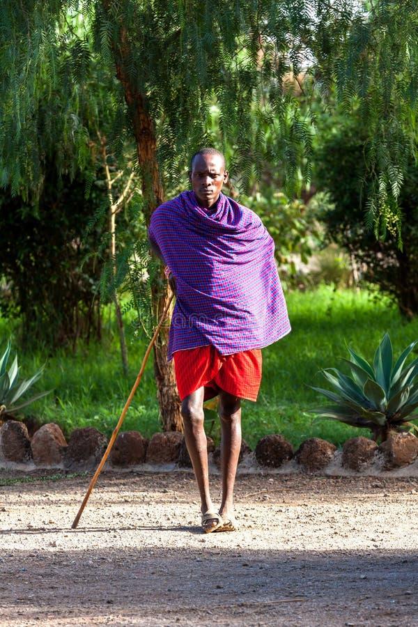 Masai Mara, Kenia - 2. Januar: Die Männer und die Frauen des Stammes M lizenzfreies stockfoto