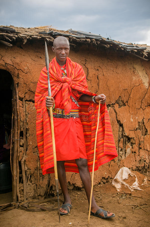 MASAI MARA, KENIA - September, 23: Jonge Masai-mens Op September, Redactionele Afbeelding