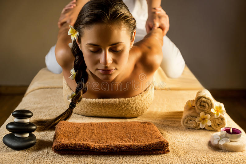 Masaje antiesfuerzo foto de archivo libre de regalías