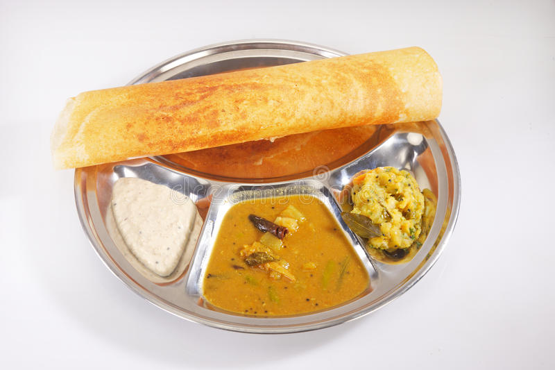 Masala Dosa με Chutney και Sambaar παραδοσιακά μια νότια Ινδία στοκ εικόνες