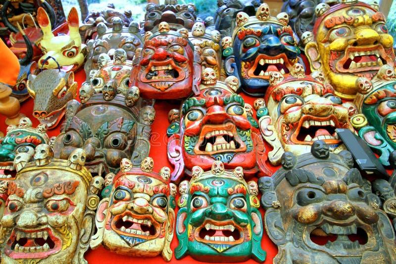 Maschera di scultura di legno tradizionale Colorfully dipinta fotografia stock