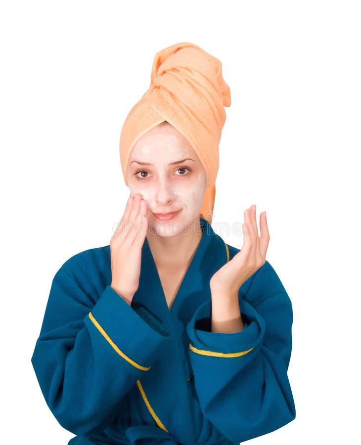 Eliminazione di posti su una faccia dopo posti al cosmetologo
