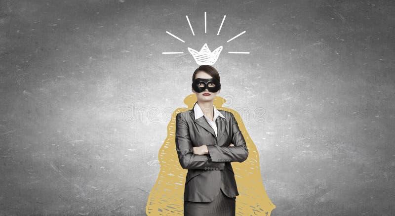 Mascherina da portare della donna fotografie stock libere da diritti