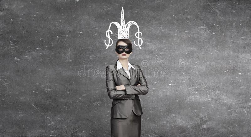 Mascherina da portare della donna fotografie stock