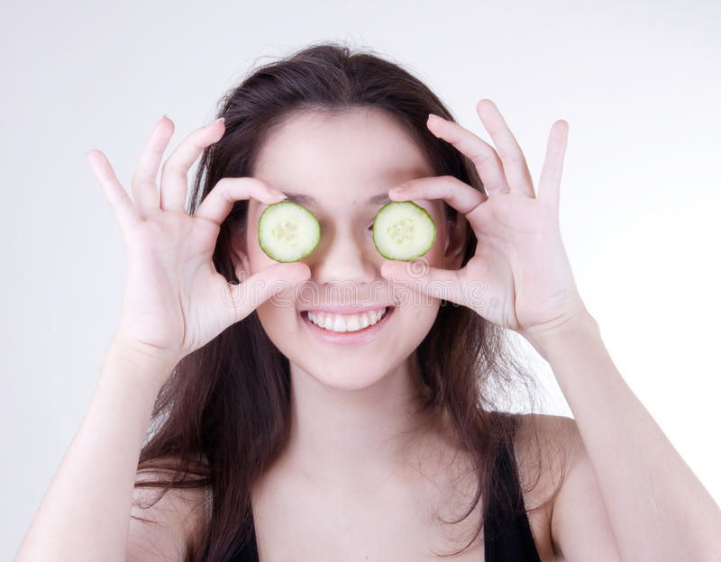 Mascherina del cetriolo della stazione termale immagini stock libere da diritti
