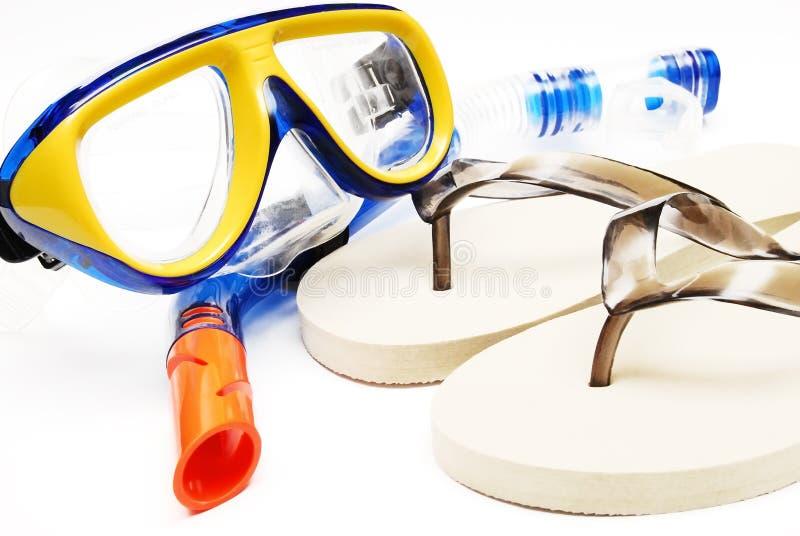 Mascherina e tubo dei pistoni della spiaggia per immersione subacquea fotografia stock libera da diritti