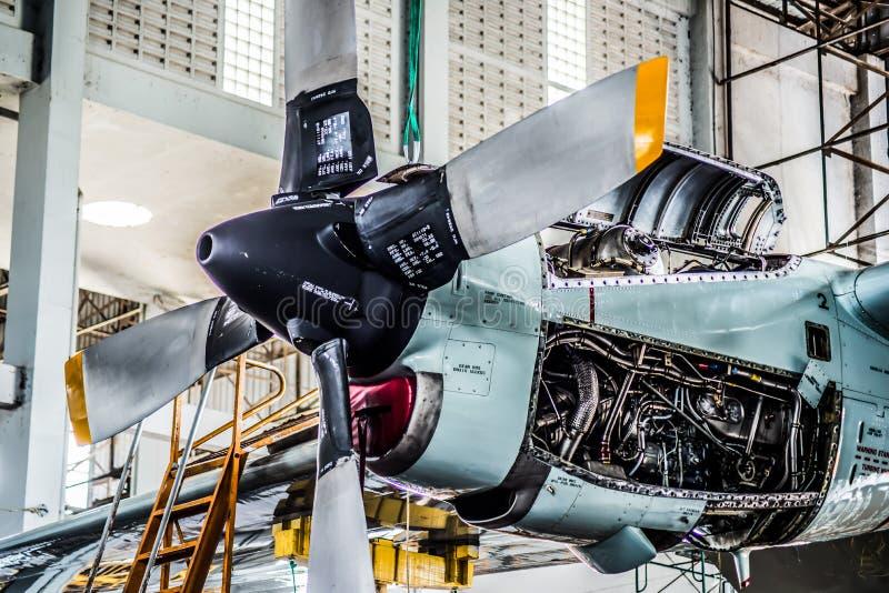 Maschine der Luftschraube C130 stockfotos