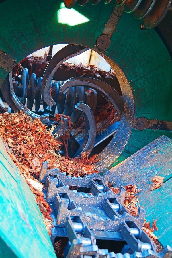 Maschinen auf dem Bauholzyard stockbilder