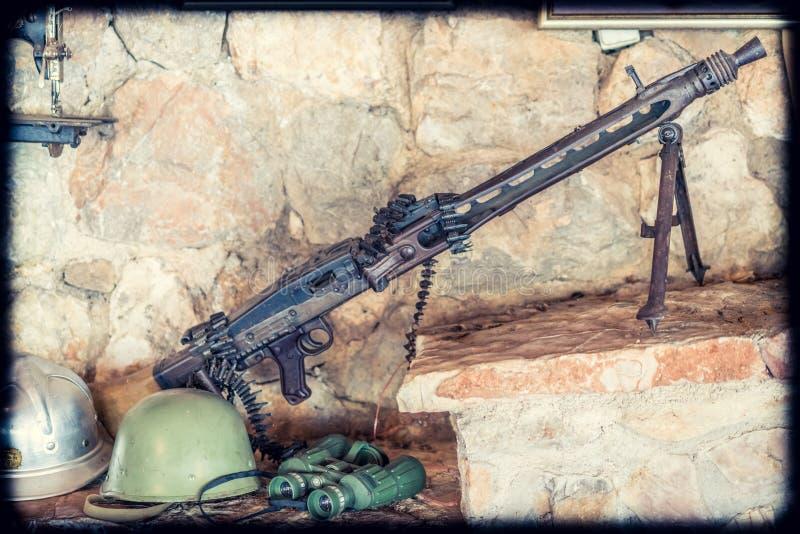 Maschinengewehr auf Anzeige stockbild