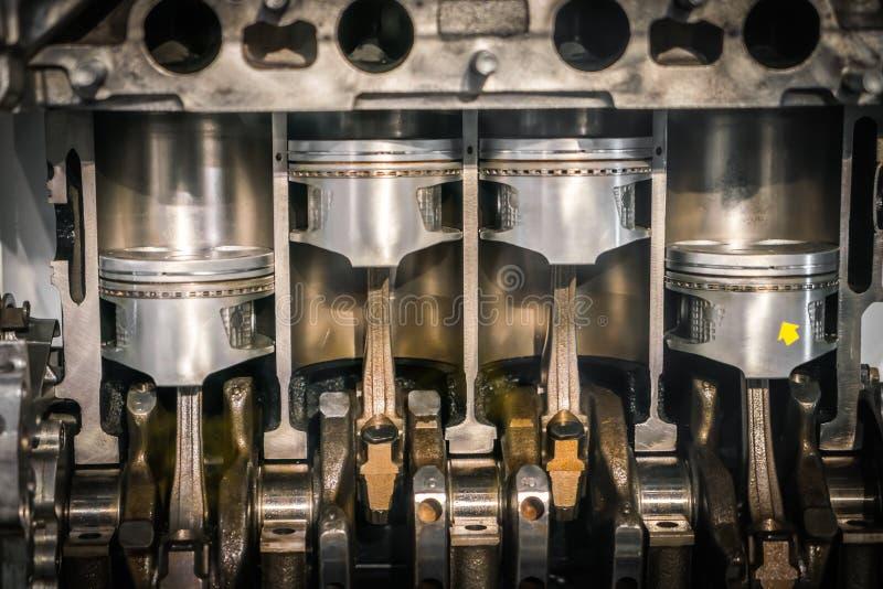 Maschinenkolbenquerschnitt stockfotos