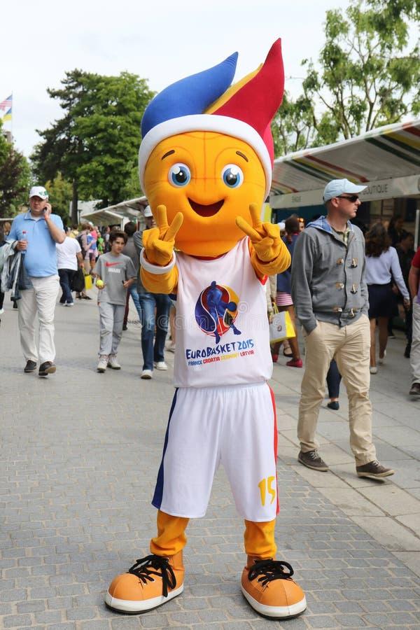 Mascote 2015 da cesta do Euro foto de stock royalty free