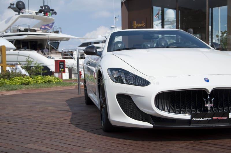 Maserati GranCabrio左边 免版税库存照片