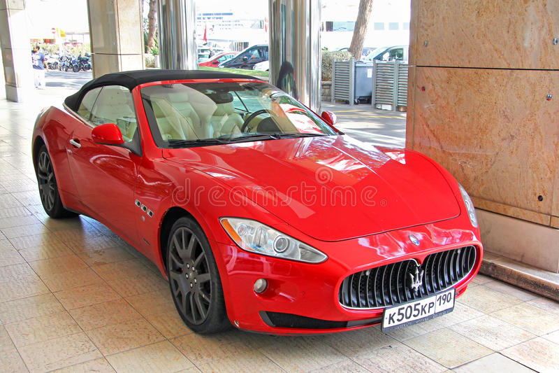 Maserati GranTurismo lizenzfreies stockfoto