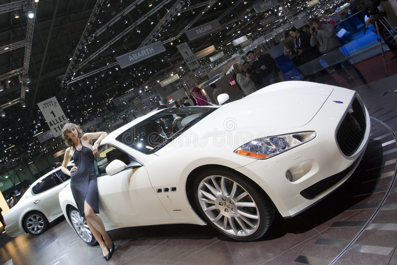 Maserati Granturismo 5 Automatik - Genebra 2009 imagens de stock
