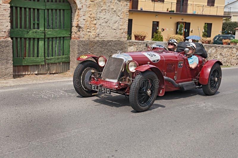 Maserati Tipo 26 M Sport (1930) läuft in Mille Miglia 2014 lizenzfreies stockfoto