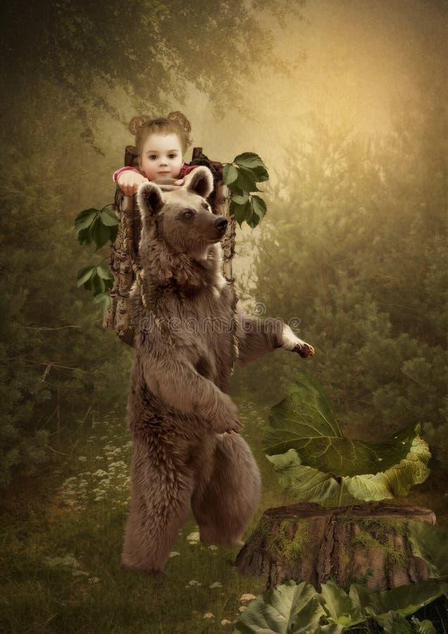 Masha y el oso foto de archivo