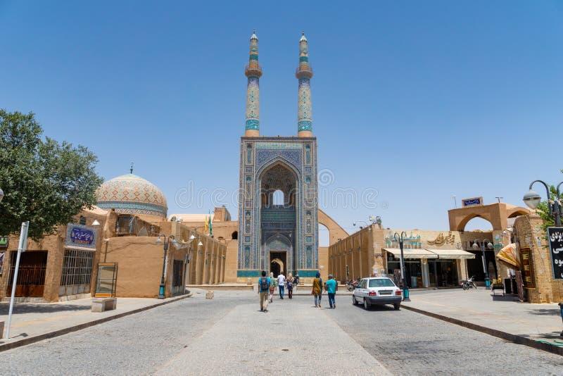 Masjed-i Jame moské i den gamla staden av Yazd, Iran royaltyfri bild