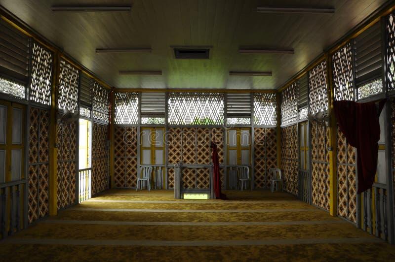 Masjid在瓜拉江沙县的Ihsaniah Iskandariah内部  库存图片