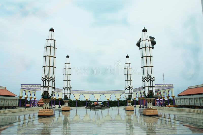 Masjid Agung Jawa Tengah, Indonésia foto de stock