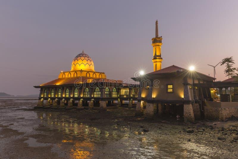 Masjid Al Hussain i den Kuala Perlis staden, Malaysia royaltyfria bilder
